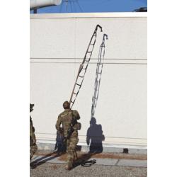 Ladders & Hooks